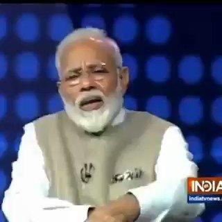 """افسوس۔ مودی کس فخر سے نوازشریف صاحب کی ایک احمقانہ غلطی کو اپنی اور بھارت کی فتح قرار دے رہا ہے۔ 🙈  پاکستانیو، کرپشن کے ساتھ ساتھ یہ ہیں وہ """"کام"""" جن سے فوج سختی سے میاں صاحب کو روکتی تھی، لیکن جناب باز نہ آئے اور نتیجہ آپ خود دیکھ لیں۔👇  https://t.co/UdYdDlvmLU"""