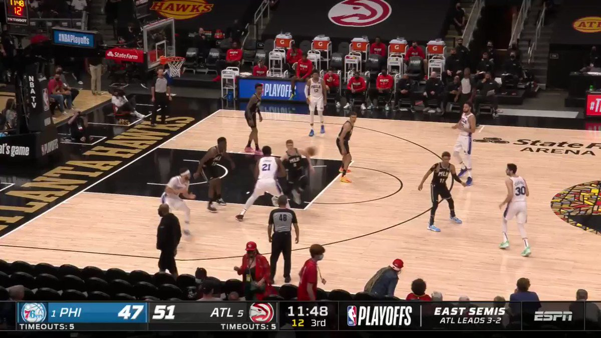 Seth Curry (17 PTS, 22.6 FPTS) came out FIRING in the third quarter 🎯  12-0 run to start the half for Philly. https://t.co/EzNPb29lPA