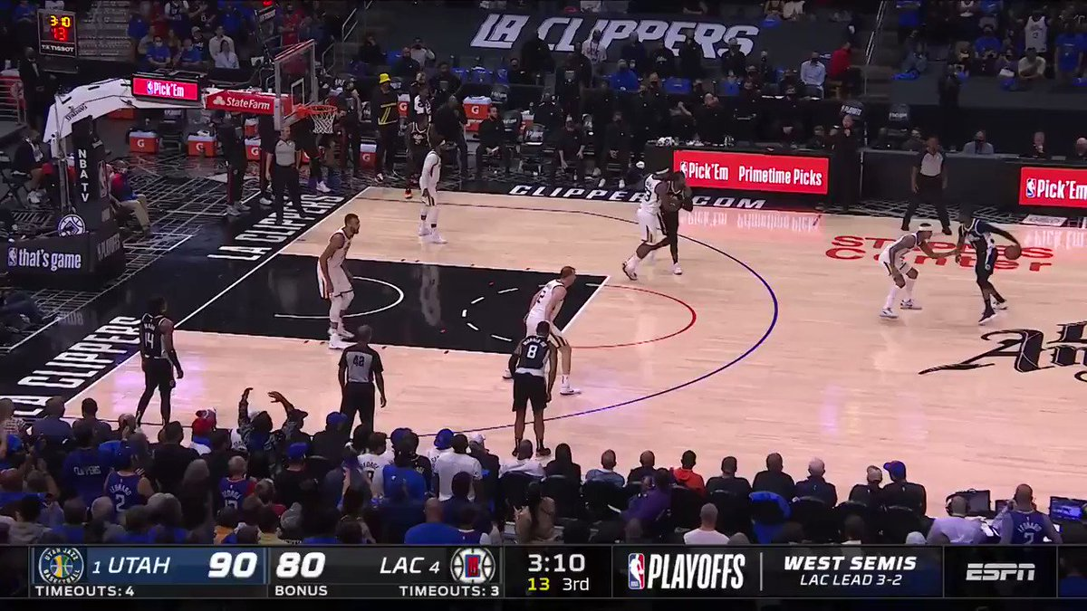 """""""Oh, what a Mann!!!""""  20 IN THE THIRD QUARTER. 34 IN THE GAME. DEFICIT CUT TO 4.  Terance Mann's ERUPTION sparks a 17-0 @LAClippers run to ignite Staples Center! #ThatsGame https://t.co/p5eNztuBuG"""