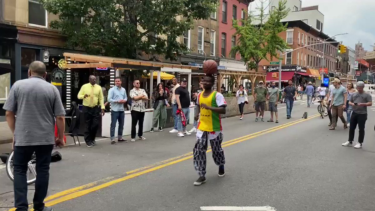 Tremendous #JuneTeenth2021 and #Game7 vibes in Brooklyn right now. Check it. https://t.co/xl4EZooFoC