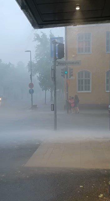 """""""Eihän niitä sään ääri-ilmiöitä tapahdu Suomessa"""" #ilmastonmuutos"""
