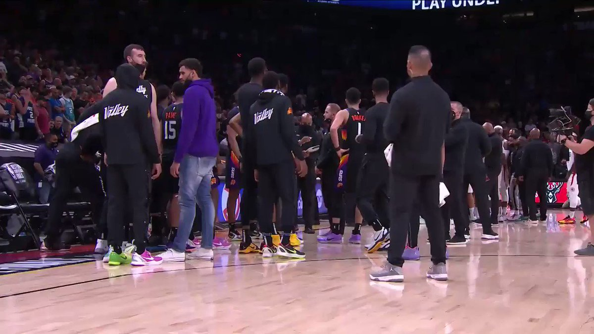 """""""DA - if he throws it, you gotta try to dunk it. Okay?""""  🤯 SOUND ON to hear Monty Williams in the @Suns huddle before Deandre Ayton's game-winning tip-in!  #ThatsGame #NBAPlayoffs https://t.co/yCDqHmVF1L"""