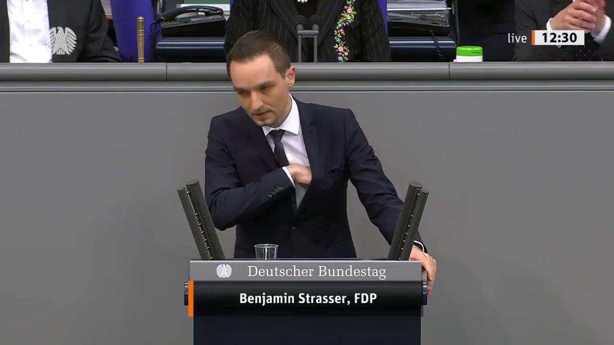 """Image for the Tweet beginning: """"Beim #Breitscheidplatz scheiterten nicht einzelne,"""