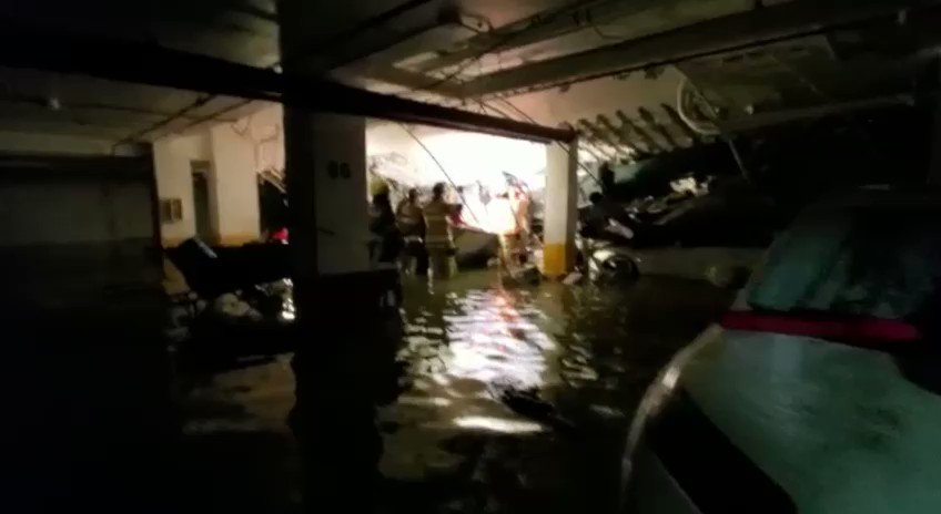 UPDATES - Startling Images Taken by Pool Contractor Just 36 Hours Before Seaside, FL Building Collapse plus MORE Npjg5UH9VvXc7xGo