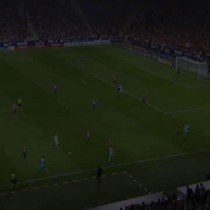 メッシ&スアレスの理不尽過ぎるコンビネーションプレー集。DFからすると、もうどうしようもないw #サッカー動画 #サッカー好きな人RT https://t.co/JZMZlsulEo