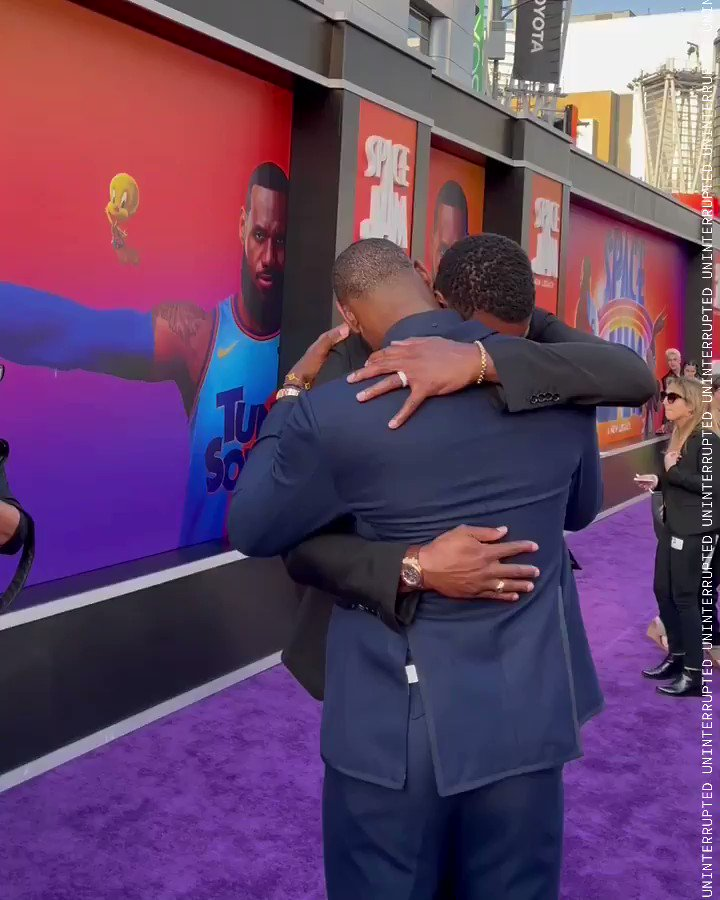 Bron and Bosh reunited at the Space Jam premiere 🙌  (via @uninterrupted) https://t.co/qEr54sqvaR