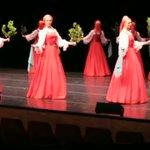 ロシアの「ベリョースカ」というダンス!まるで人形が浮かんでいるかのような動きに驚き!