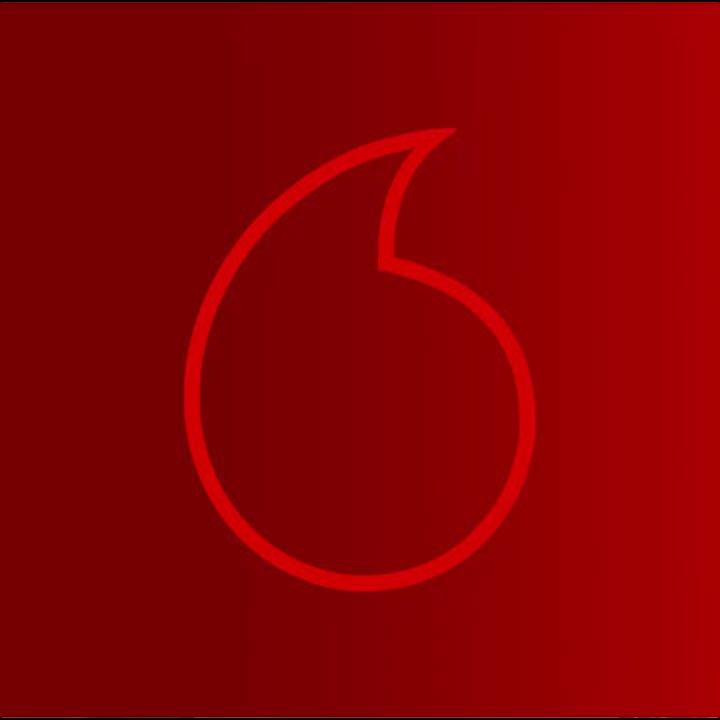 """عيش فرحة الصيف مع ڤودافون MUSIC و Amr Diab. اشترك في ألبوم الصيف 🏖 و خليك أول واحد يسمع أغنية عمرو دياب الجديدة """"إتقل"""" كاملة حصرياً من ڤودافون MUSIC🔥🎵  ادخل على لينك @anghami   واطلب الأغنية  https://t.co/Nkg9xJoPBY @VodafoneEgypt https://t.co/L37azbWDa3"""