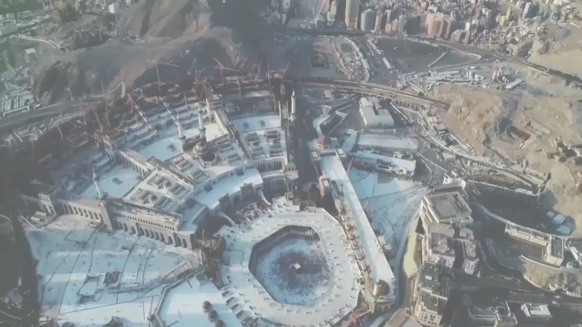 Image for the Tweet beginning: حجٌّ مبرورٌ وسعيٌ مشكورٌ وذنبٌ