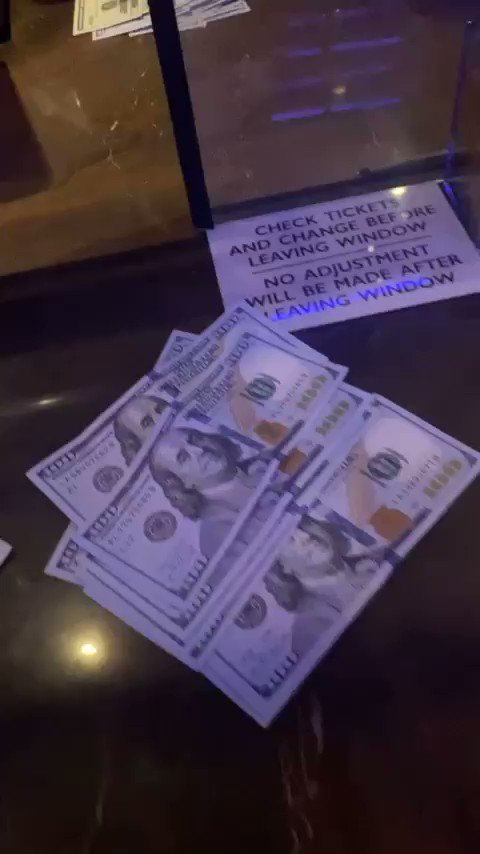 My favorite ASMR is my cash being counted for me  (via mitchmugga/IG) https://t.co/A0oowpoV2z
