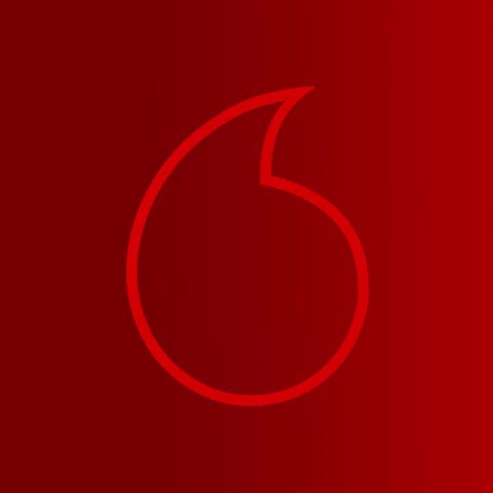 """عيش فرحة الصيف مع ڤودافون MUSIC و #عمرو_دياب   اشترك في البوم الصيف 🏖و خليك اول واحد يسمع اغنية عمرو دياب الجديدة """"#أحلي_ونص"""" كاملة حصرياً من ڤودافون MUSIC🔥🎵  ادخل على لينك @anghami  واطلب الاغنية  https://t.co/Nkg9xJoPBY  @VodafoneEgypt https://t.co/0piSPLpi3w"""