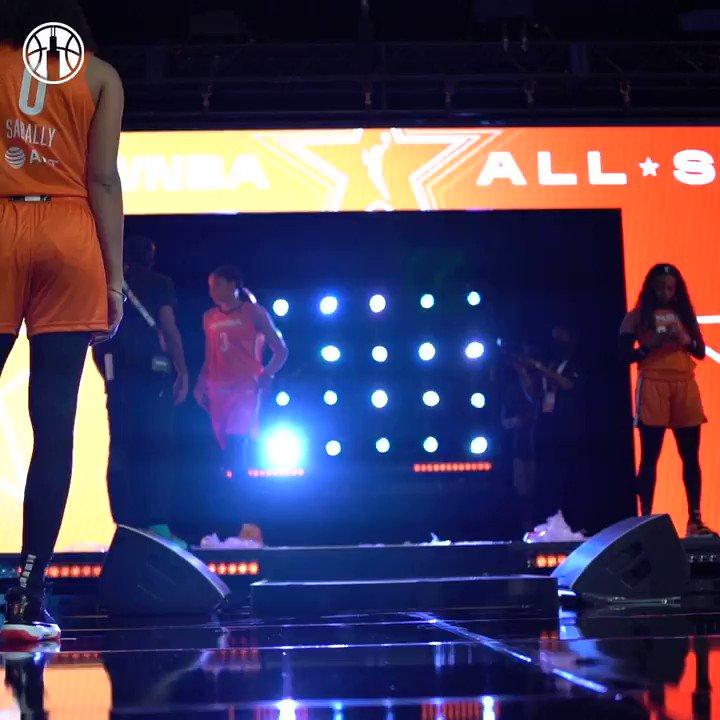 SLOOT REHEARSED HER DANCE AT #WNBAAllStar 💀 https://t.co/mG03adtnqv