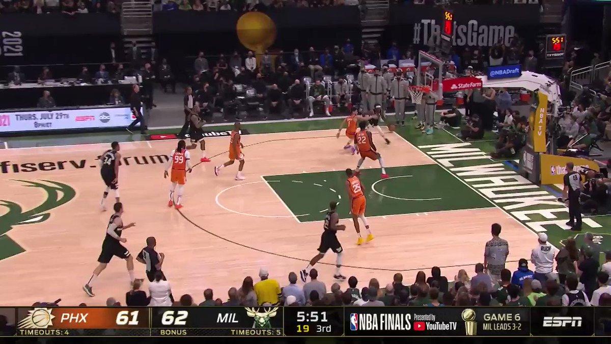 @NBA's photo on Lopez