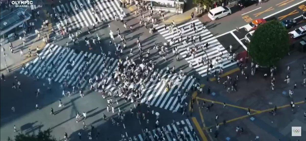 今となってはオリンピックに関して全く興味無くなったけど、リオ五輪閉会式のこの映像だけはカッコよすぎて死ぬほど見返した。  音楽:椎名林檎、映像:児玉裕一  天才夫婦による傑作