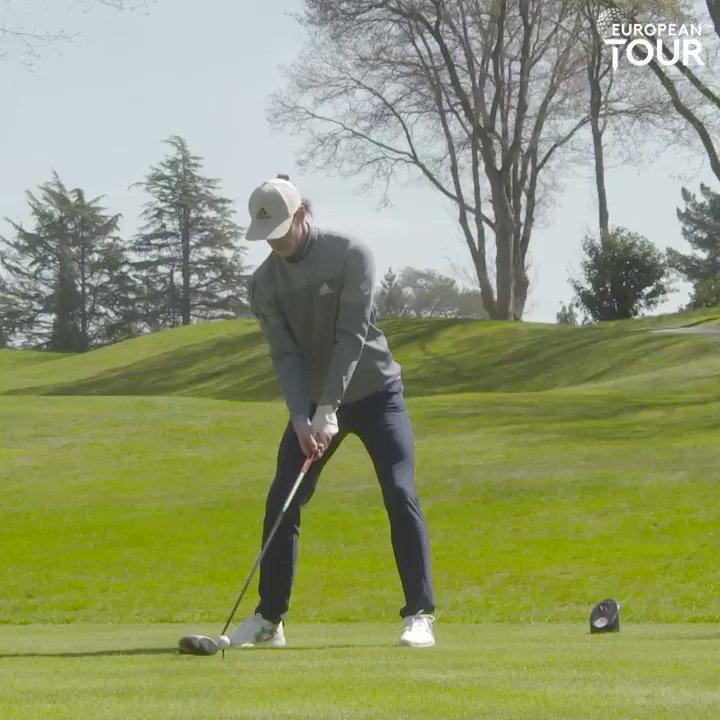Replying to @EuropeanTour: .@GarethBale11's golf swing ⚽️  #CazooOpen