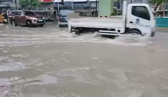 @Reuters And manila, Philippines😭😭😭 https://t.co/VgOpS7xZva