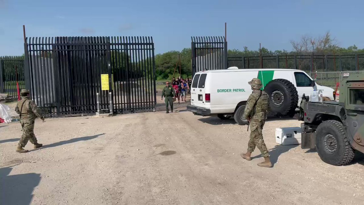 NEW: More groups of migrants being walked through the border gate to a waiting Border Patrol van here in Del Rio this morning. This is one of several groups we've seen come through today. Our drone team in RGV says 300+ have already crossed in La Joya, TX as of 9am. @FoxNews https://t.co/QilYPqRCmO