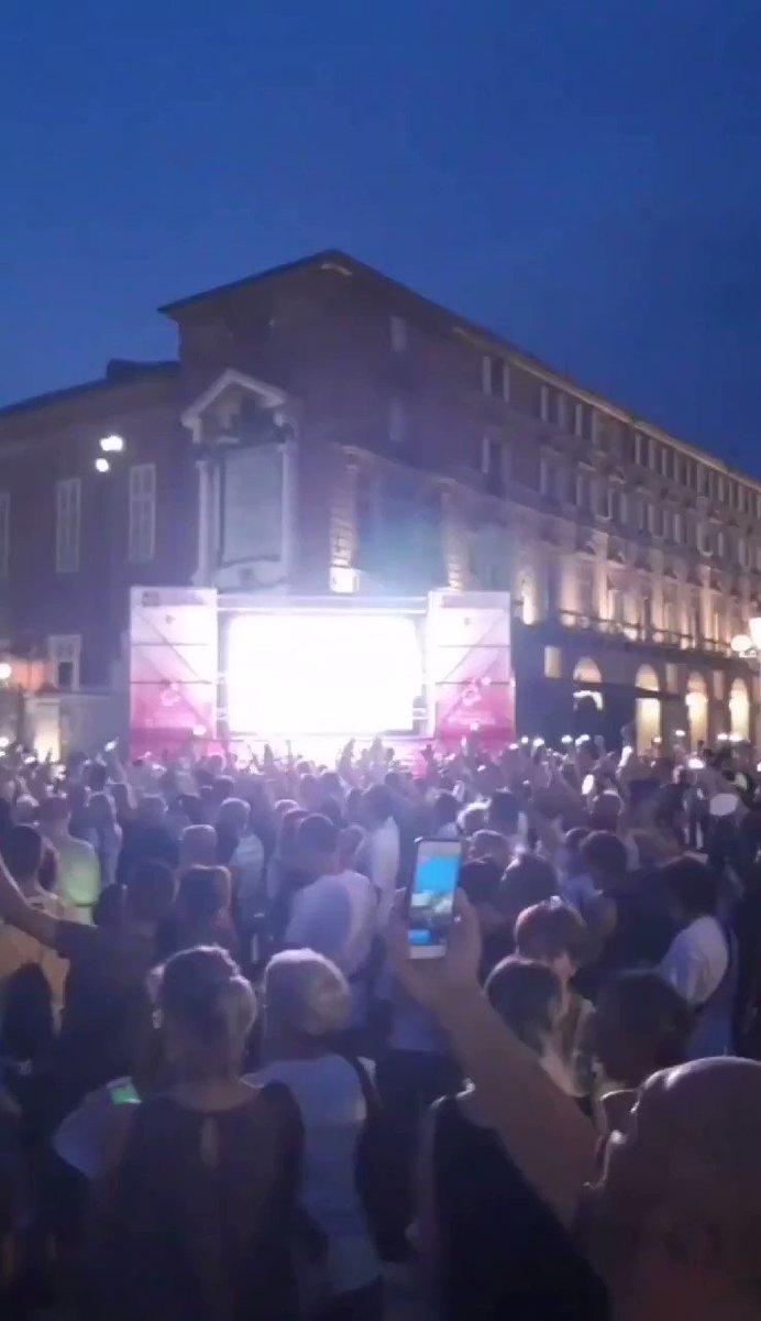 Italians Hit the Streets to Protest Mandatory Vaccine Passports DjHMHbEeYjn10muJ