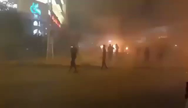"""Iranian security forces are shooting at protesters in Mashour_""""Iran"""" Several cities have been protesting over the past days https://t.co/xMOWsDoIe9"""