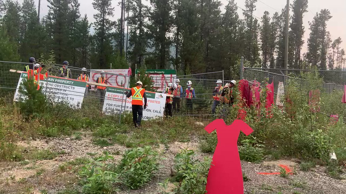 HAPPENING NOW: Home invasion of Tiny House Warriors! Our land is home! #stoptmx #secwepemc #unceded https://t.co/BuwWIoGGPy