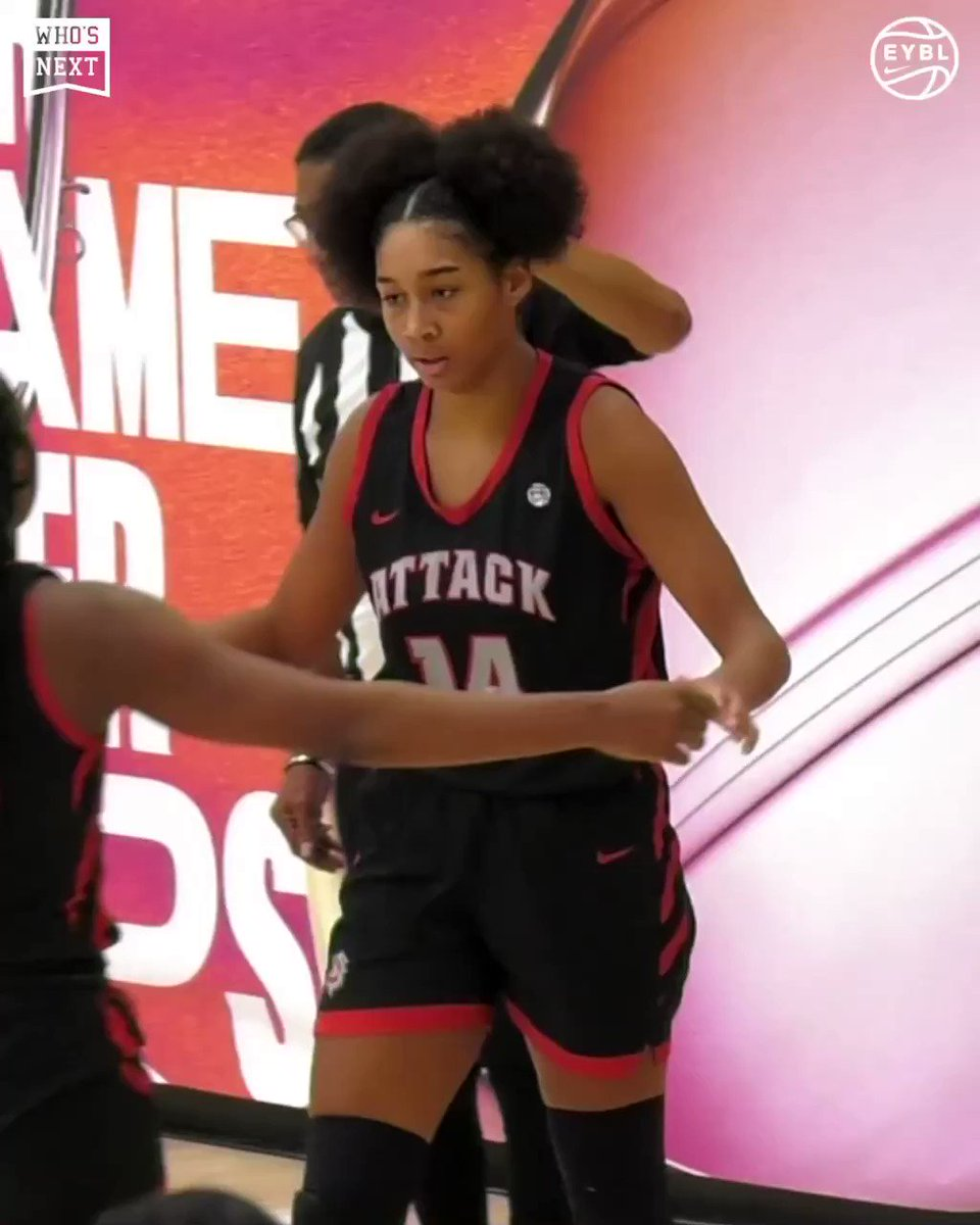 Iowa commits Hannah Stuelke, Jada Gyamfi, and Taylor McCabe led Iowa Attack in a huge win and are heading to the Peach Jam Championship! 🍑🏆 @AllIowaAttack https://t.co/hKURdlz9iQ