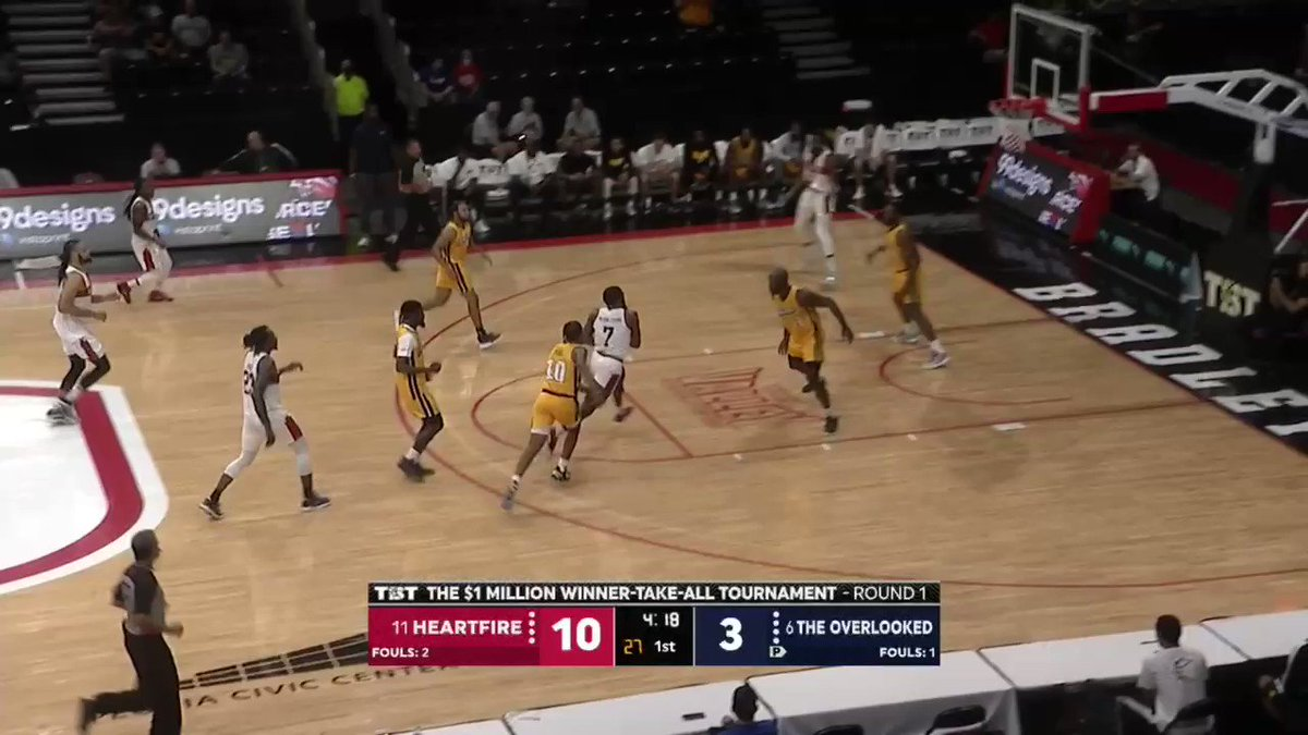 Shaq Buchanan has been a ONE MAN fast break for @MurrayStateTbt 🏃♂️💨  Catch the 2Q action now on ESPN3 https://t.co/hKRDRynjyc