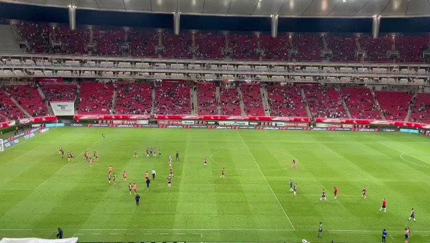 #Deportes | Finaliza el encuentro en el Estadio #Akron entre @Chivas y @AtletideSanLuis con victoria para los visitantes 1-2 https://t.co/7jPAyha6K9