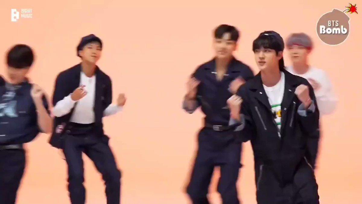 めためた可愛いおジン💜 #방탄소년단 #BTS #BTSARMY #PermissiontoDance https://t.co/uJciLC4PYP