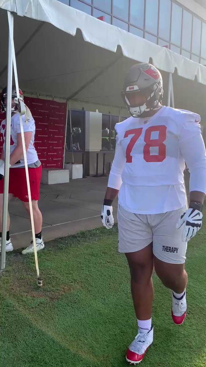 First day of practice 👋 https://t.co/pJ4a81UqTB