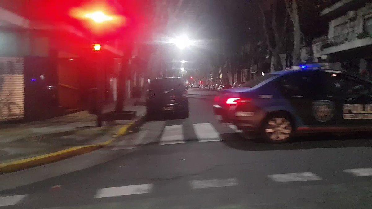 Image for the Tweet beginning: AHORA #Palermo ATENCIÓN CERRADO AL