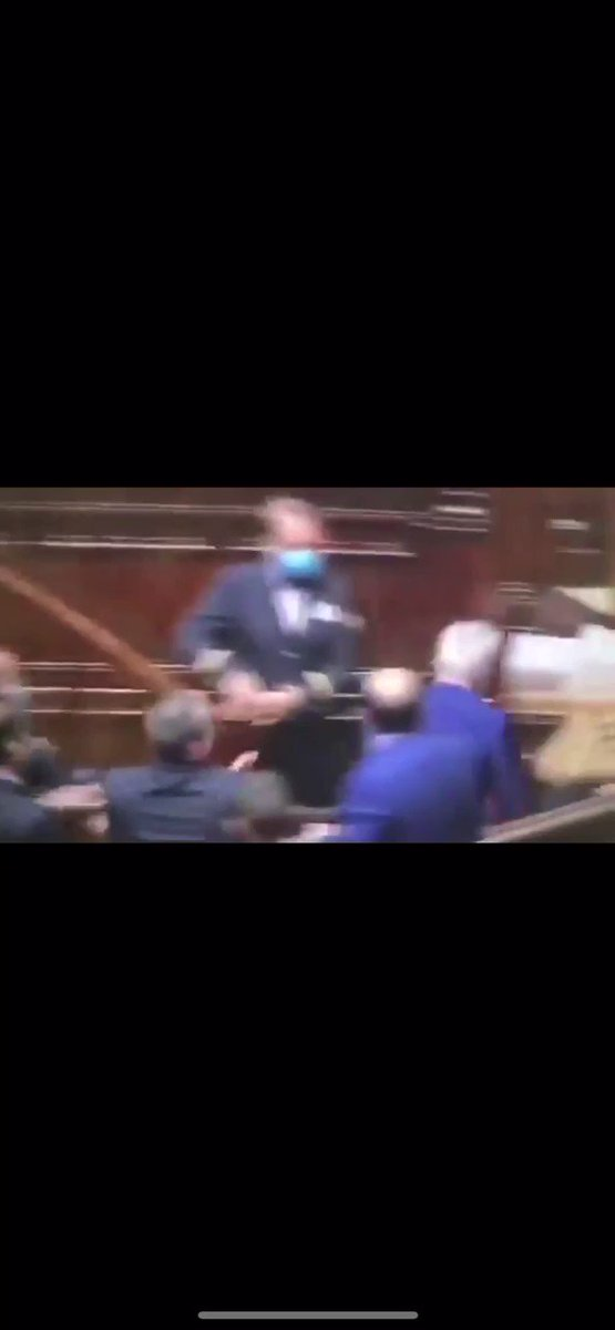 Chaos In Italian Parliament As MPs Protest Mandatory Covid 'Green Pass' RC6GdCPFIk2e5yRe
