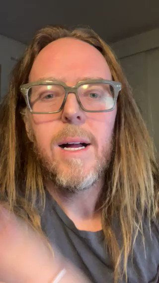"""Yes @timminchin  If you believe knock yourself out;  But if you are """"culturally"""" of a religion, if you don't diligently observe the relevant worship, if you don't believe in the central tenets of the faith u were born into  That's cool. Just tell the census the truth  #NoReligion https://t.co/rq0QClFJtt"""