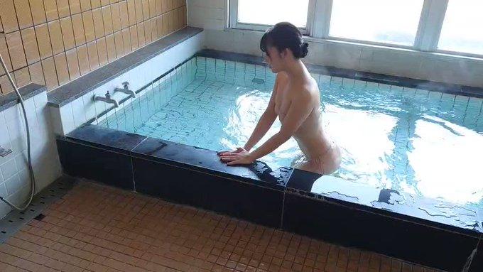 松田つかさ
