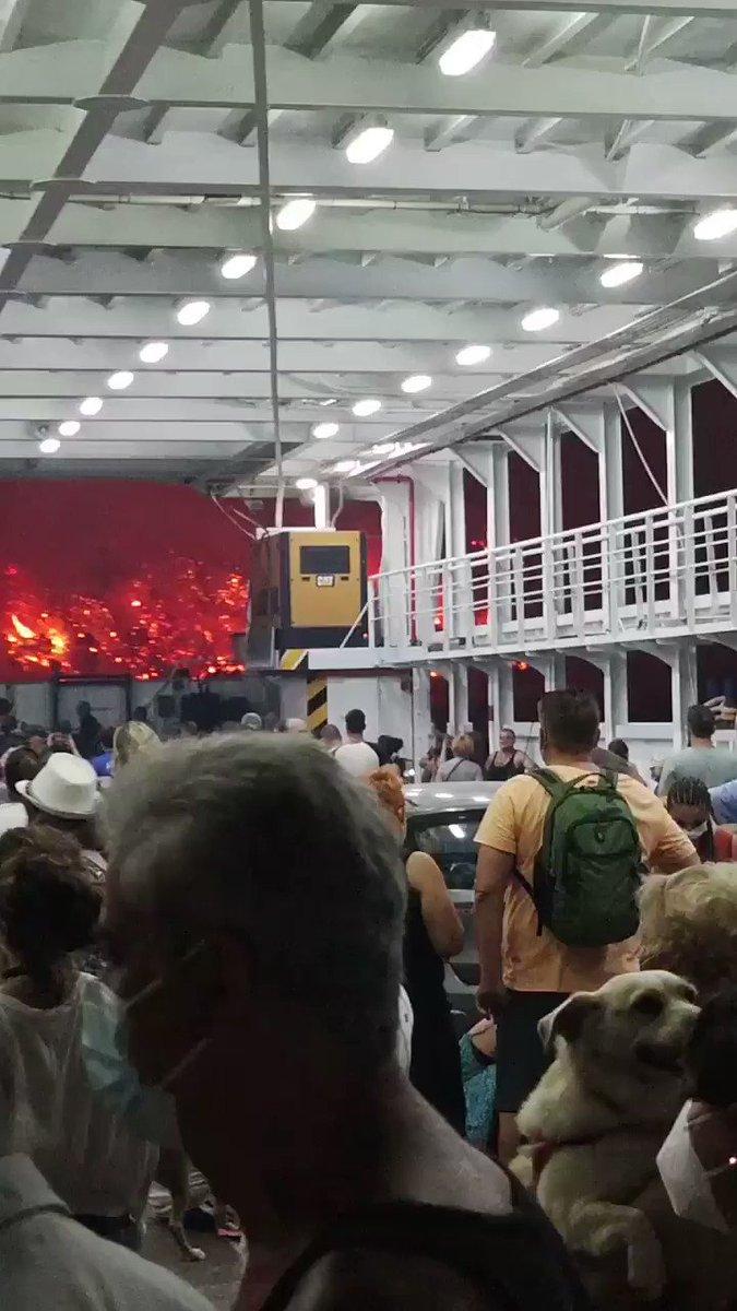 アテネで40度以上の熱発が続き山火事!これが現実逃避?!