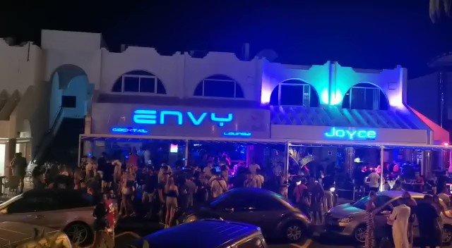 Image for the Tweet beginning: Las discotecas asi.. Y las