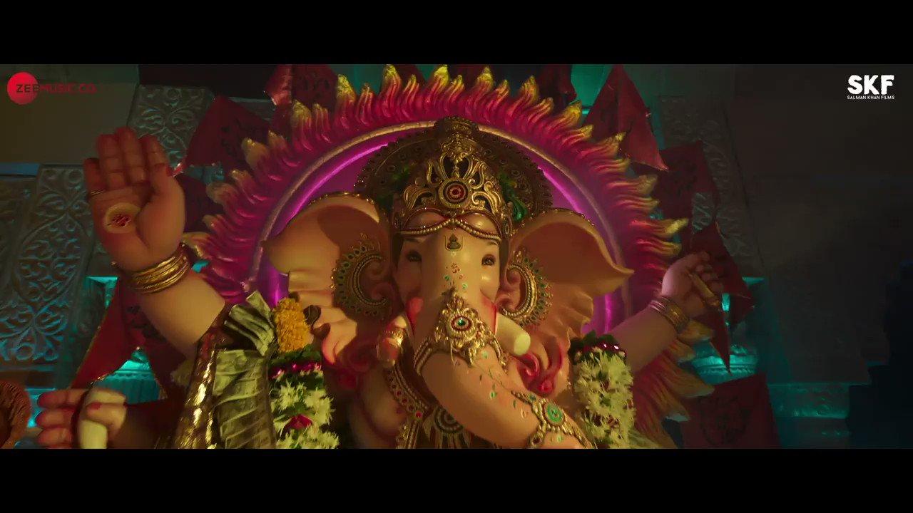 @BeingSalmanKhan: Bappa aa rahe hain #VighnahartaSong out tomorrow#AayushSharma @manjrekarmahesh @SKFilmsOfficial @ZeeMusicCompany #HiteshModak @vaibhavjoshee @mudassarkhan1 @AjayAtulOnline @chinni_prakash