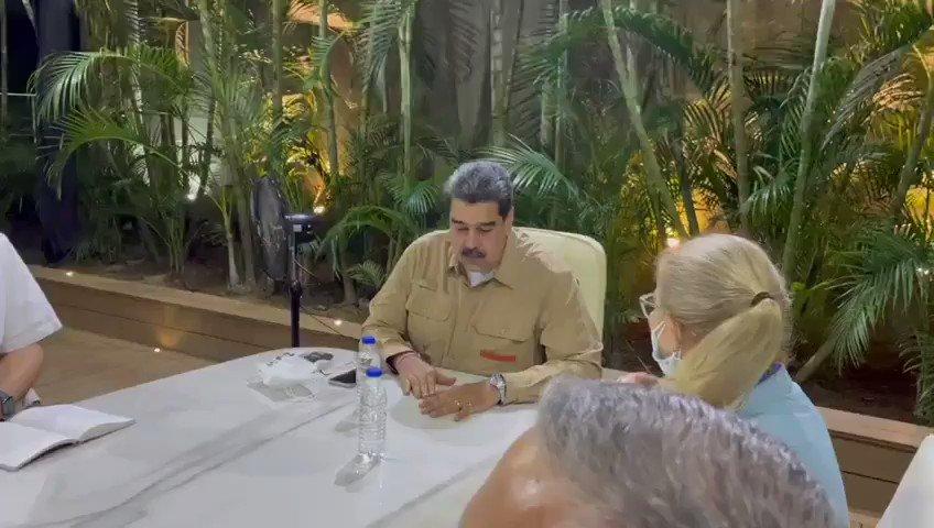 @NicolasMaduro's photo on Rincón