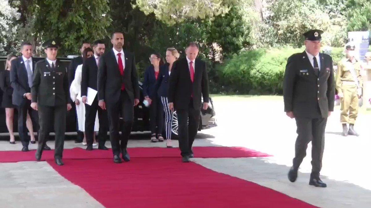 مراسم استقبال سفير مملكة البحرين لدى إسرائيل السيد خالد الجلاهمة في مقر رؤساء اسرائيل في أورشليم…