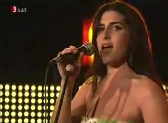 She s reborn like Sarah Vaughan. happy birthday, Amy Winehouse