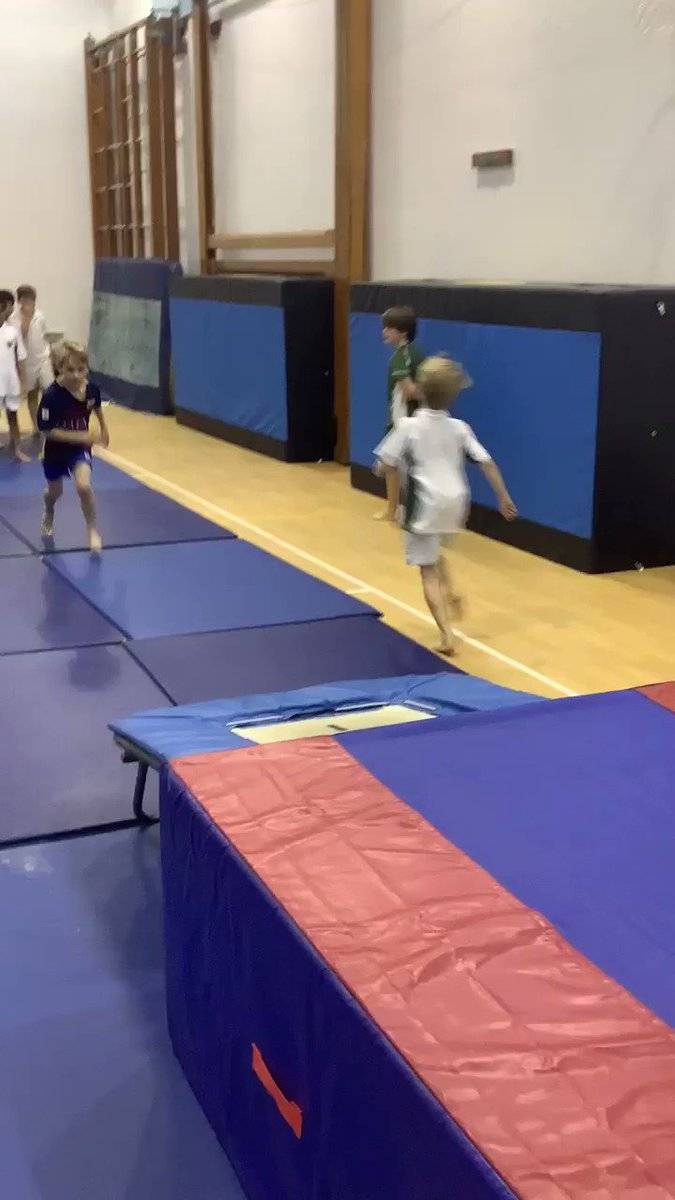 And some more great trampette work in the first KS2 Gymnastics Club. @SHSBoysPrep @TraceyChongSHS