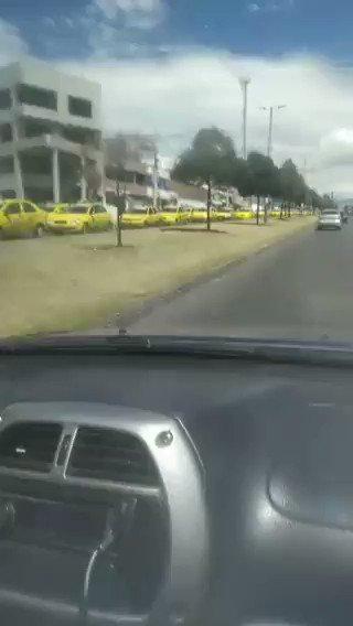 Image for the Tweet beginning: #Atención| 3000 taxistas de Riobamba,