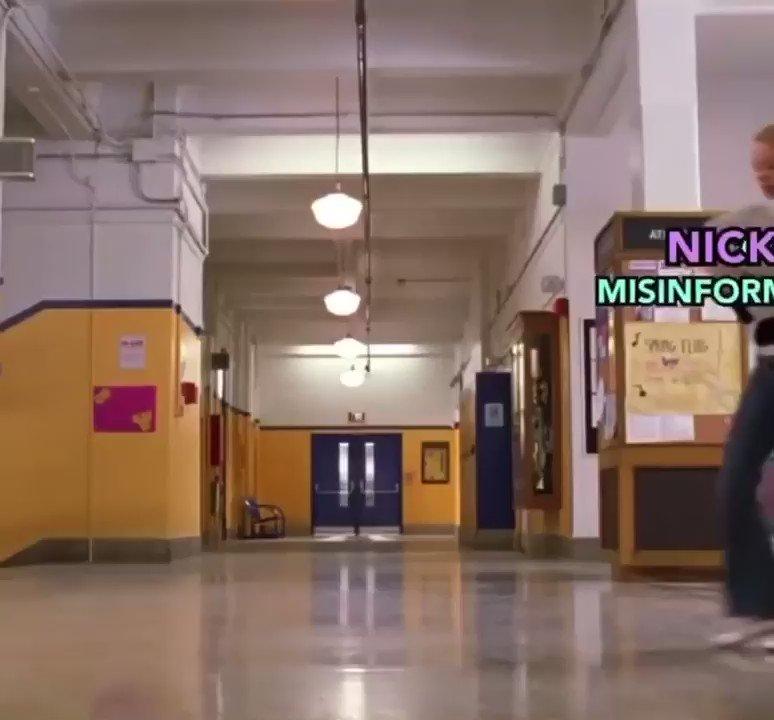 Nicki Minaj right now @NICKIMINAJ #MyCousinTookTheVaccine