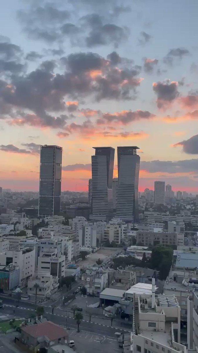 Image for the Tweet beginning: Sunrise over #TelAviv