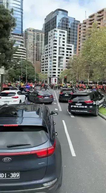 @OzraeliAvi's photo on Melbourne