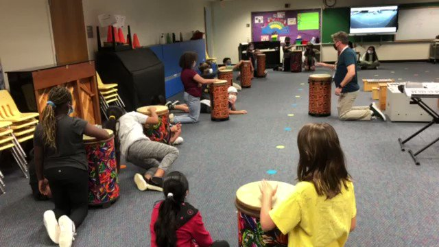 So great to hear the sounds of music again in the building!! <a target='_blank' href='http://twitter.com/longbranch_es'>@longbranch_es</a> <a target='_blank' href='https://t.co/82E6KJ6cDO'>https://t.co/82E6KJ6cDO</a>