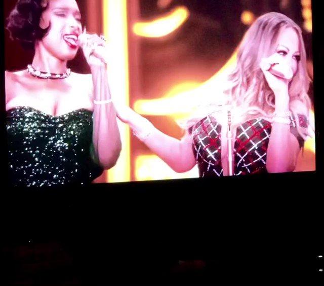 I know that @MariahCarey would say #NotYet but #OhSanta baby🎅🏻 @IAMJHUD @ArianaGrande 👸👸🏽👸🏻 #MariahCarey #JenniferHudson #ArianaGrande #Christmas #MerryChristmas #MerryChristmasIIYou