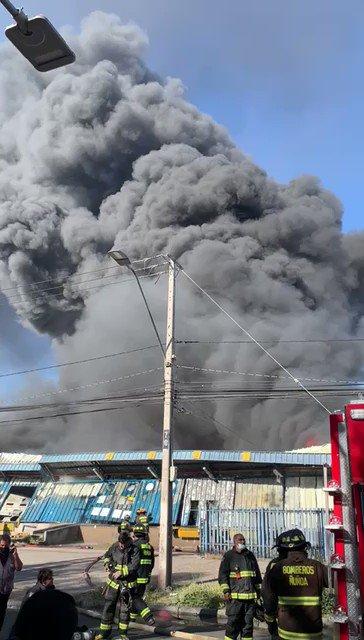 🔴 #ALERTA ⚠ATENTOS⚠  ⤴🚌🚌Por incendio en sector de de Av. Marathon/Camino Agrícola  #Macul. Los servicios de buses que desvían son ↩⤴🚌: D10-D07-D13-D14-  📲Descarga nuestra App y conoce los detalles..
