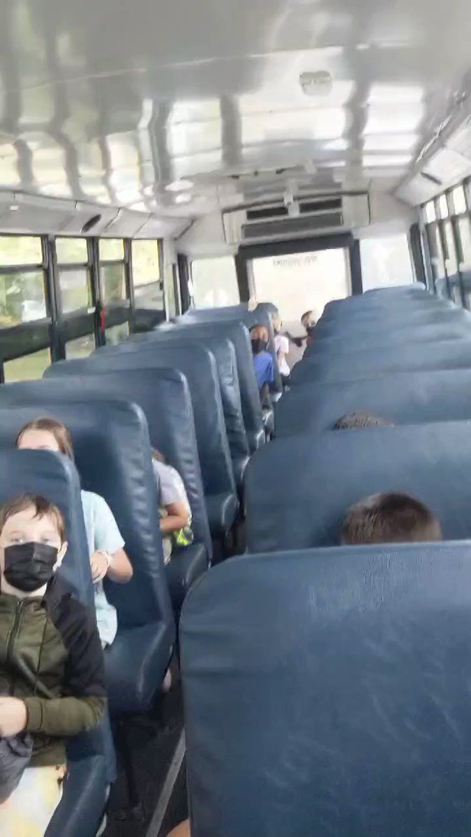 RT <a target='_blank' href='http://twitter.com/mrsherrsclass'>@mrsherrsclass</a>: A sweet serenade on the way home today courtesy of <a target='_blank' href='http://twitter.com/Cardinalmusic22'>@Cardinalmusic22</a> <a target='_blank' href='https://t.co/apwQuc5CfE'>https://t.co/apwQuc5CfE</a>