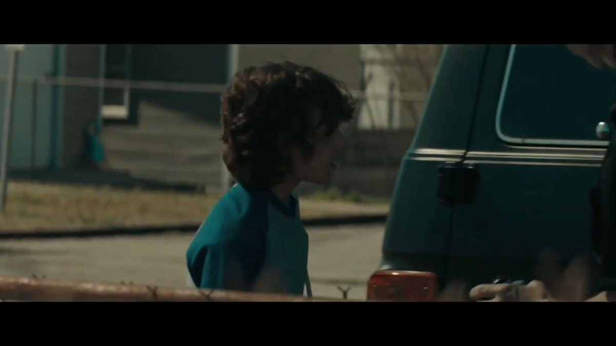 CADA VOZ É UMA VÍTIMA. CADA CONEXÃO É UMA PISTA. CADA LIGAÇÃO É UM FIO DE ESPERANÇA. 📞  Saiu o trailer oficial de 'O Telefone Preto', terror dirigido por Scott Derrickson e estrelado por Ethan Hawke. Assista :  #OTelefonePreto #TheBlackPhone https://t.co/kz4mJXQiQS.