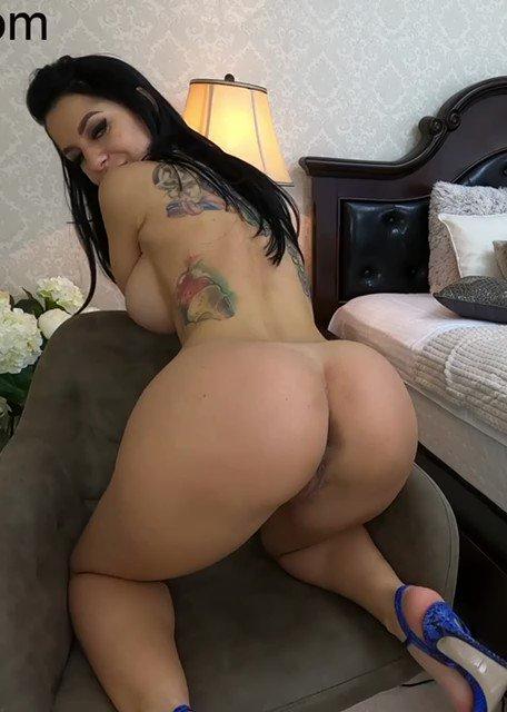 SexySaturday and Retweet @anisyiaxxx ❤️😘